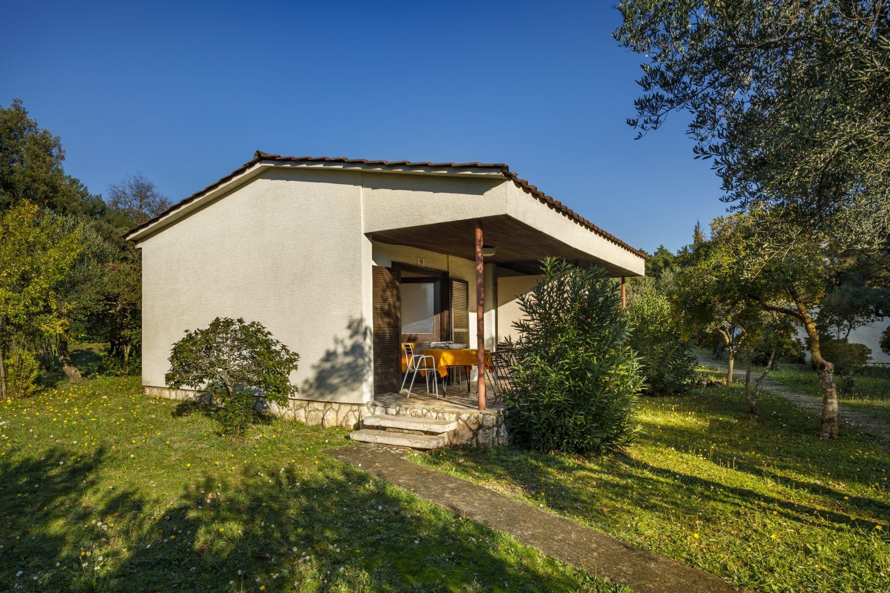 Ferienanlage Helios Sunny Apartments Stari Grad Inseln Kroatien Adrialin