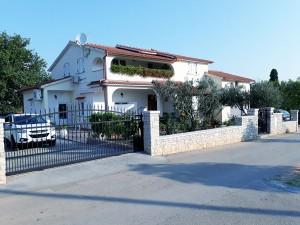 ház Pula, Valtura 156004 Isztria