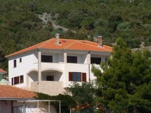 house Vinisce 167274 Dalmatia