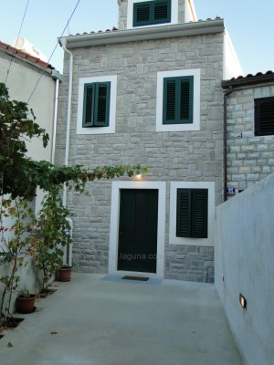 Dom Primosten 186024 Dalmacja