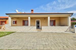 house Savudrija, Zambratija 191493 Istria